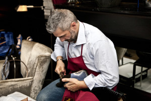 Genesis, Artigianato Creativo_Creazione di una calzatura_Ph. Marco Barbaro