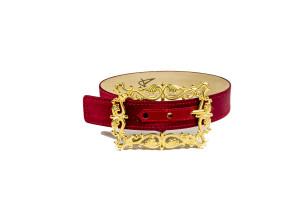 Amato Daniele Choker in raso rosso e dettaglio fibbia oro