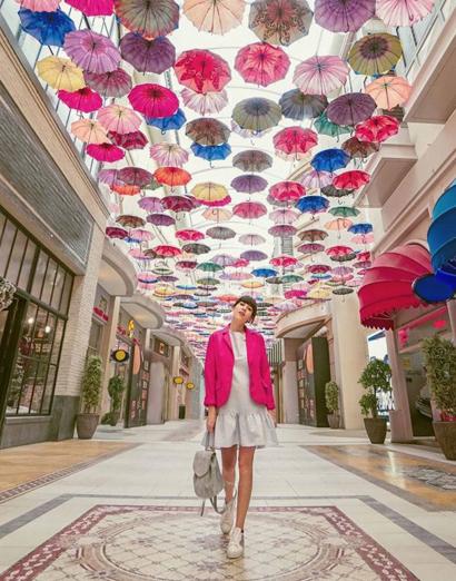 Federica Di Nardo indossa Nira Rubens per scoprire luoghi pazzeschi a Dubai