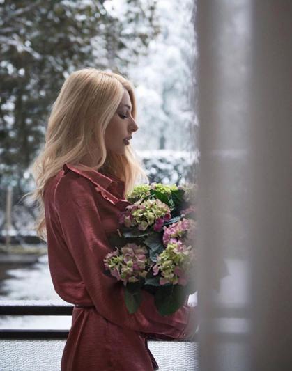 Vittoria Ottaviano di www.lostileungioco.com adora gli abiti Suncoo come questo
