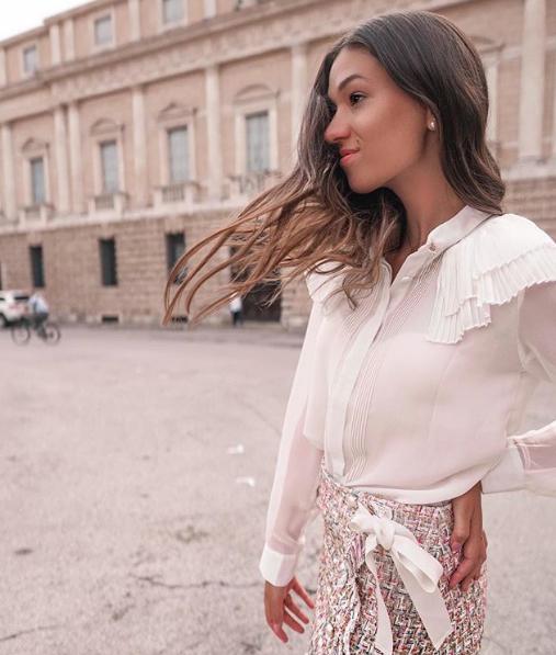 Look bon ton per Elisabetta Pistoni