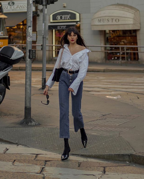 Paola Cossentino in jeans Tara Jarmon