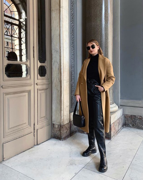 Roberta Fusco indossa cappotto Tara Jarmon